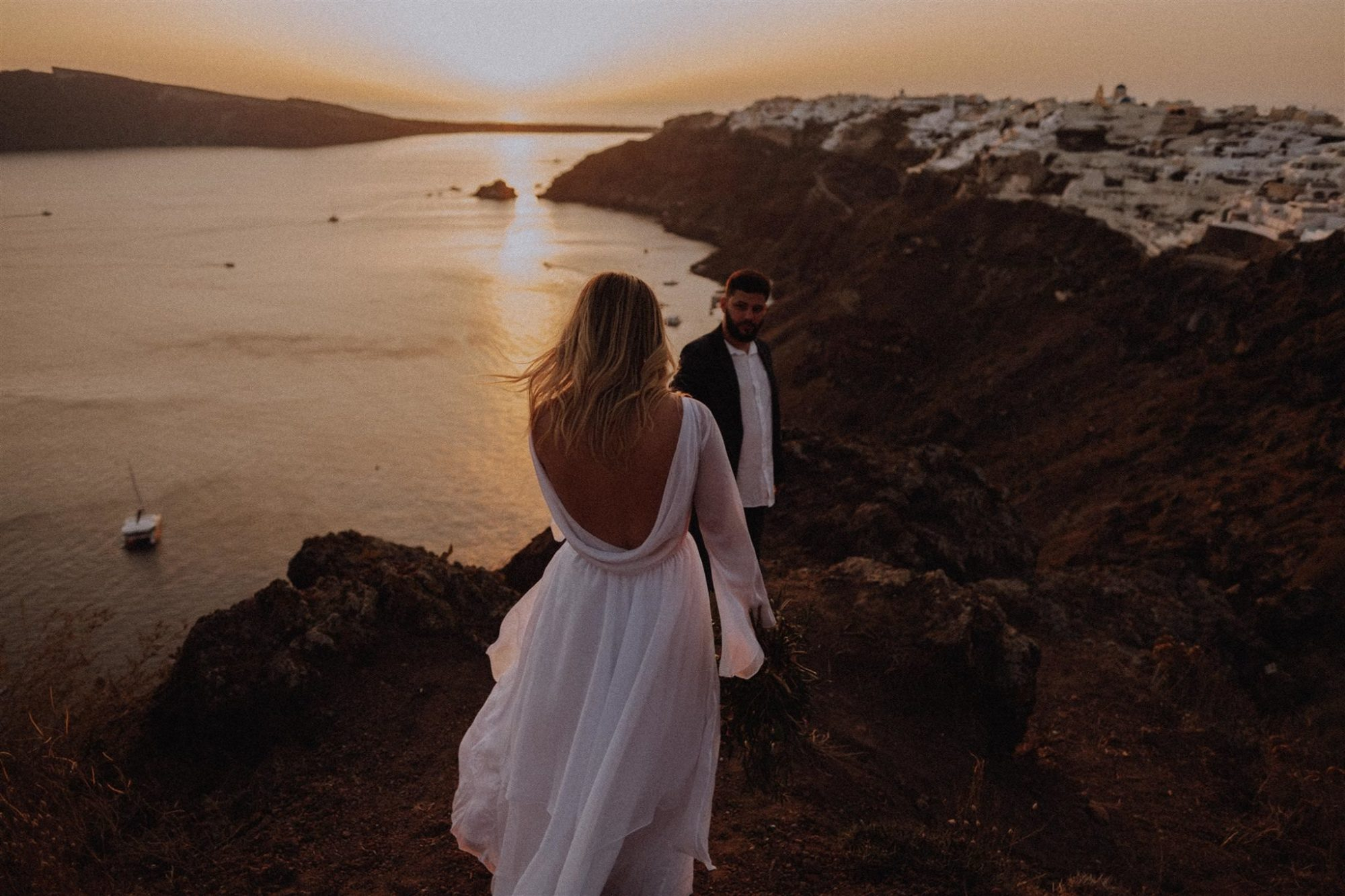 elopement wedding at oia